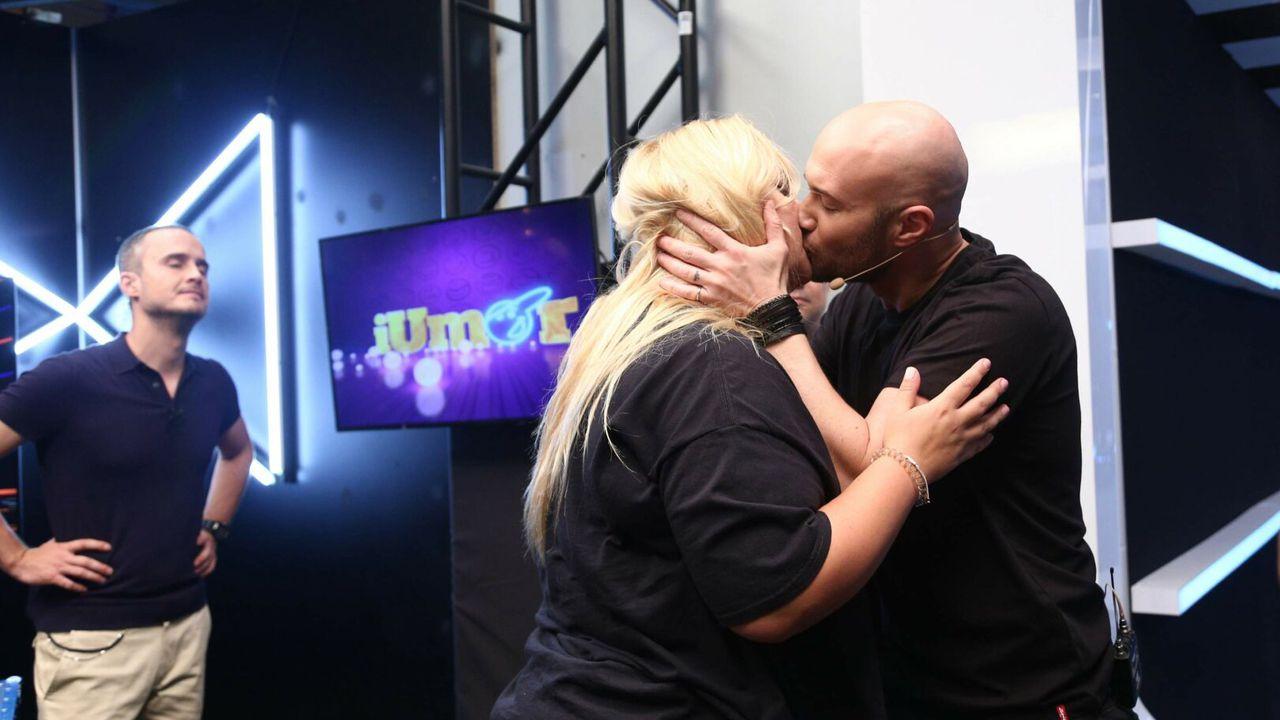 Mihai Bendeac, sărut la iUmor